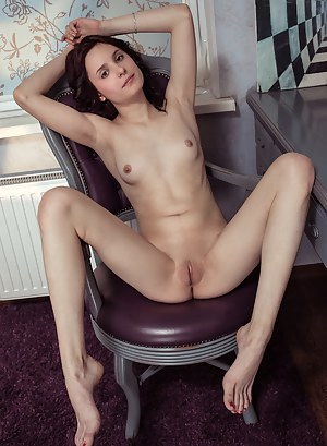 Naked Teen Spreading Porn Pictures