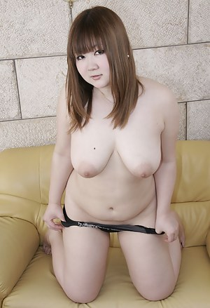 Naked Asian Teen Porn Pictures