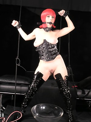 Naked Teen BDSM Porn Pictures