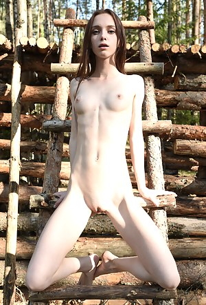 Naked Skinny Teen Porn Pictures