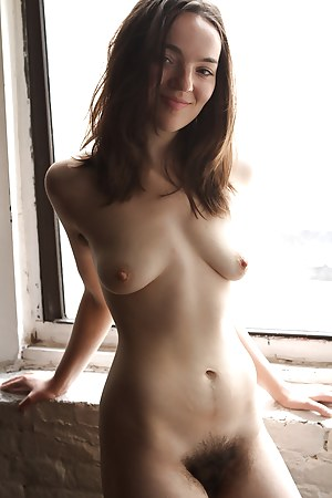 Naked Teen Hairy Pussy Porn Pictures