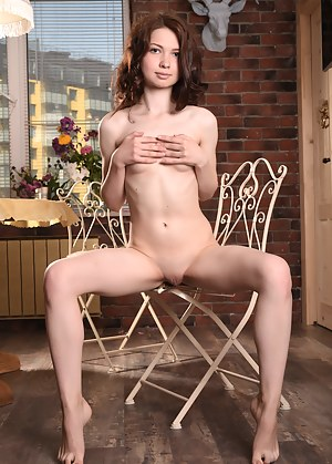 Naked Teen Solo Porn Pictures