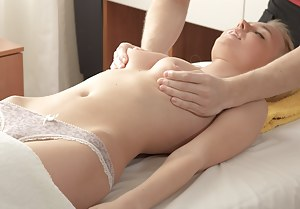 Naked Teen Massage Porn Pictures